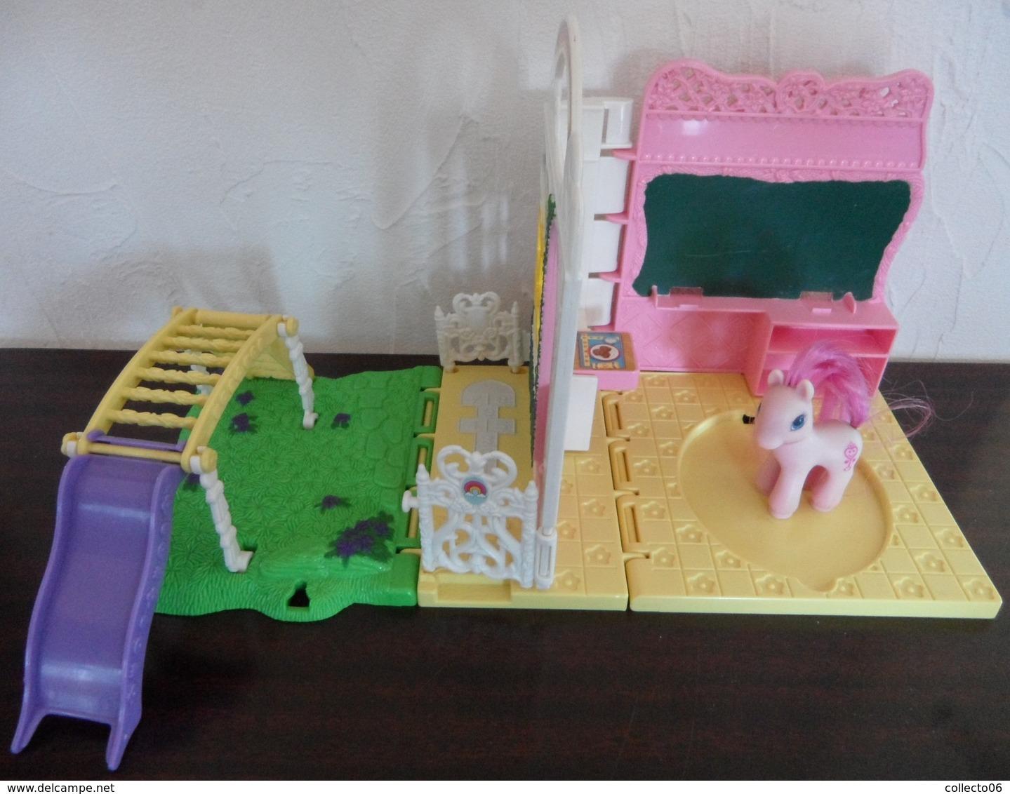 Petite école Avec Mini Petit Poney Coeur Hasbro 1999 - Chevaux
