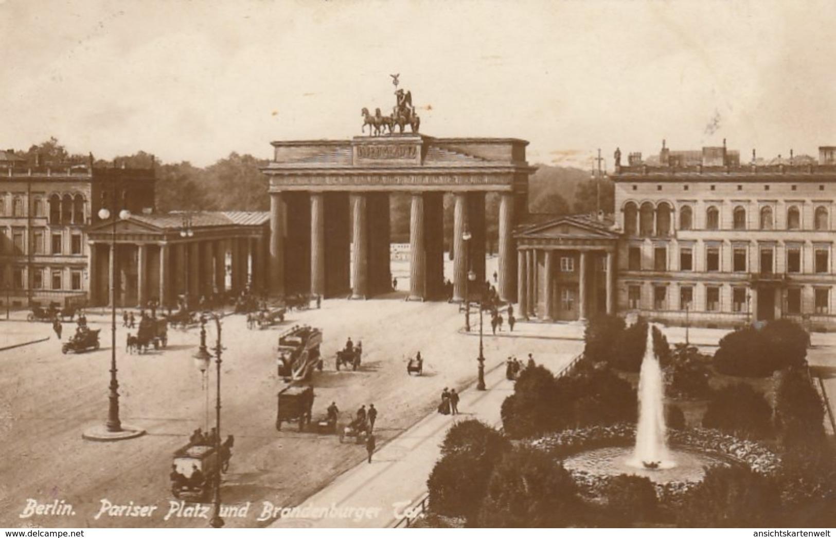 Berlin, Pariser Platz Und Brandenburger Tor Ngl #F7163 - Non Classés