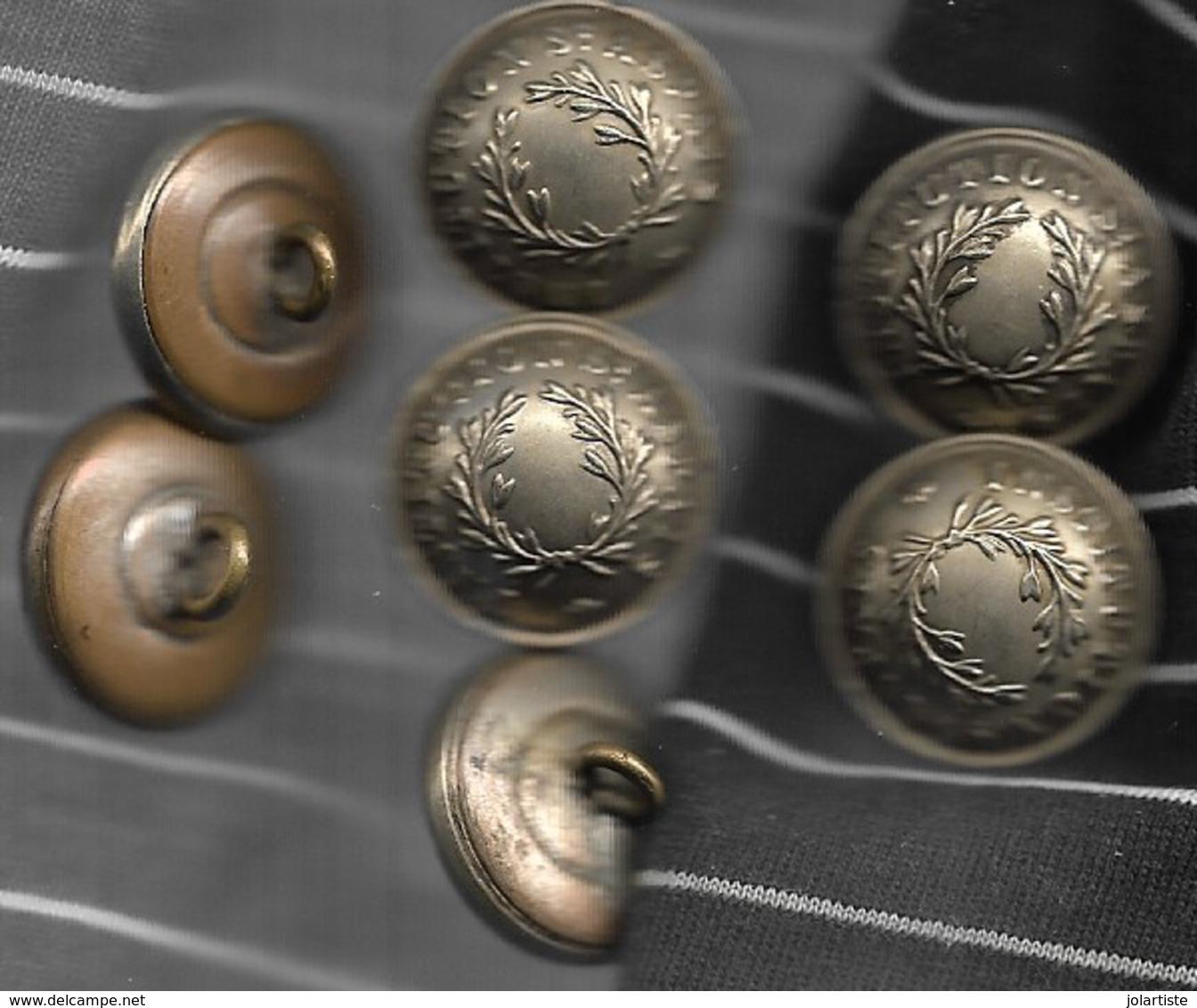 D 77 MELUN 7 Boutons 22mm Diametre INSTITUTION  ST ASPAIS T T B N052 - Buttons