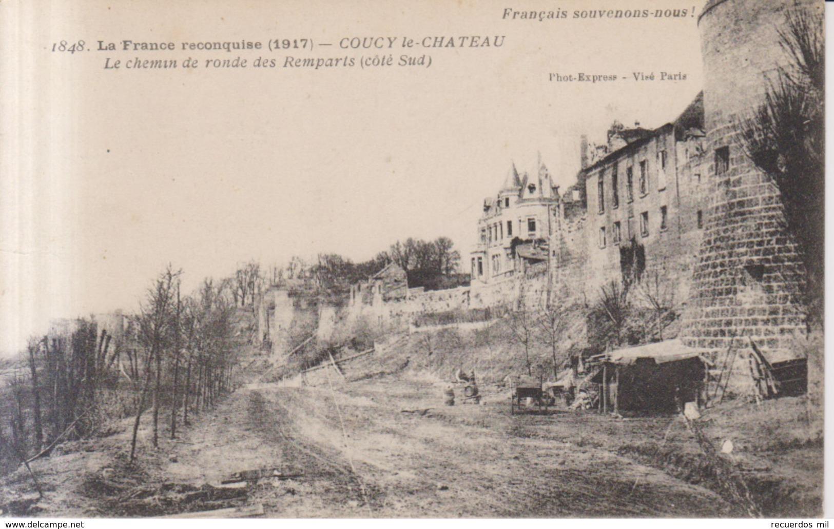 Couzy Le Chateau Le Chemin De Ronde Des Remparts  1917 - France
