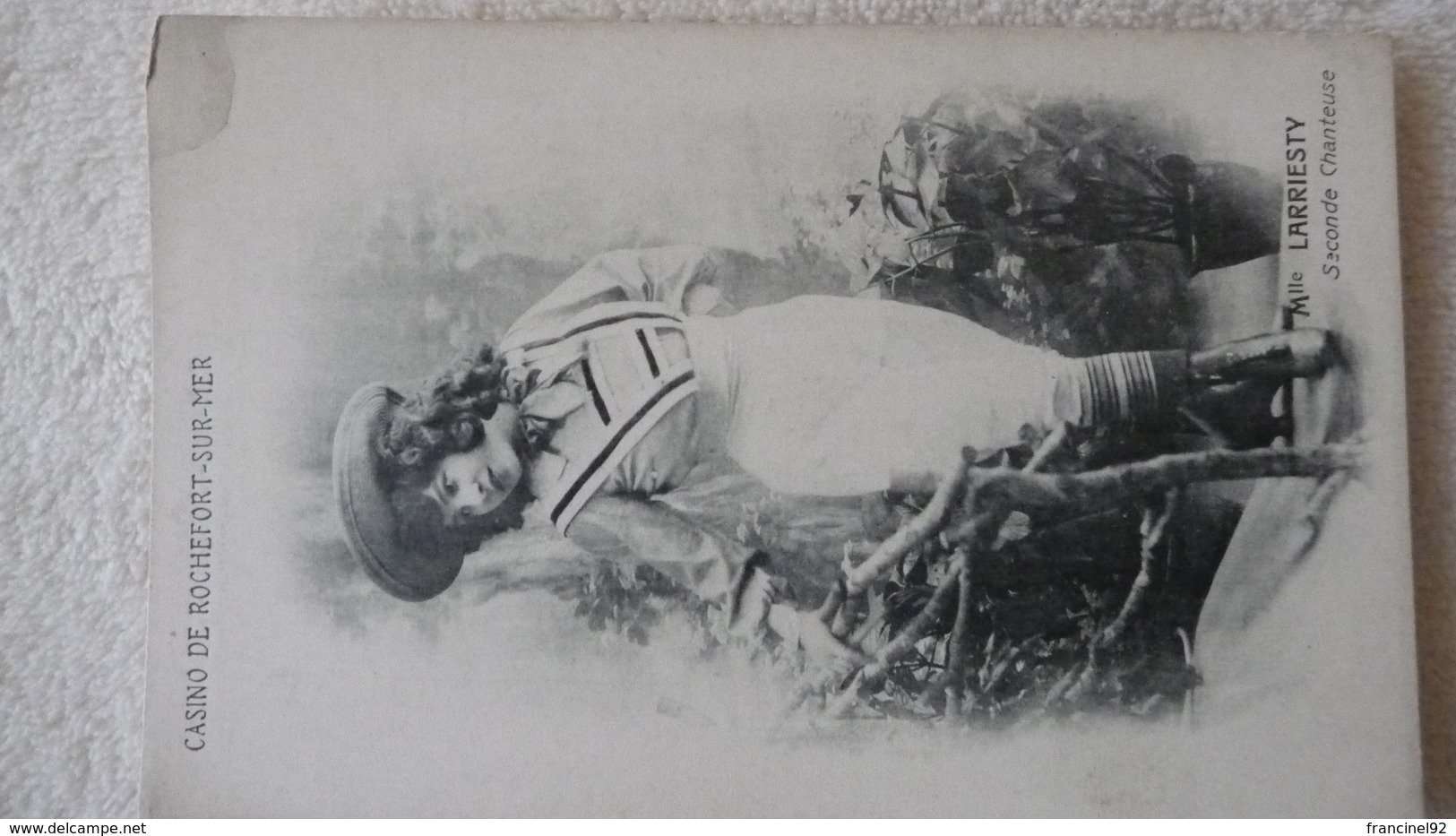 CP. CASINO DE ROCHEFORT-SUR-MER - Mlle LARRIESTY, Seconde Chanteuse - Rochefort