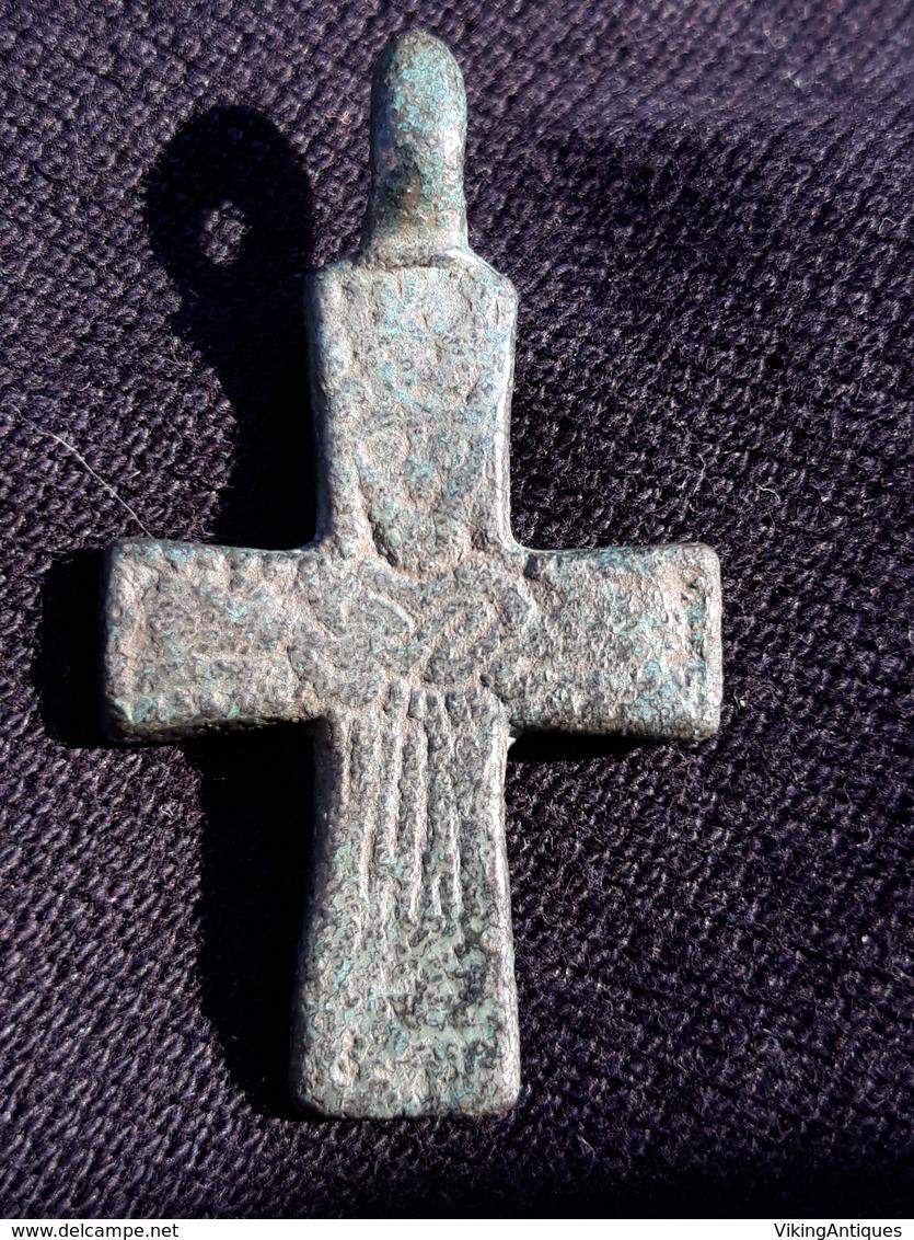 Pendant Cross Of Kievan Rus 9-12 Century - Archéologie