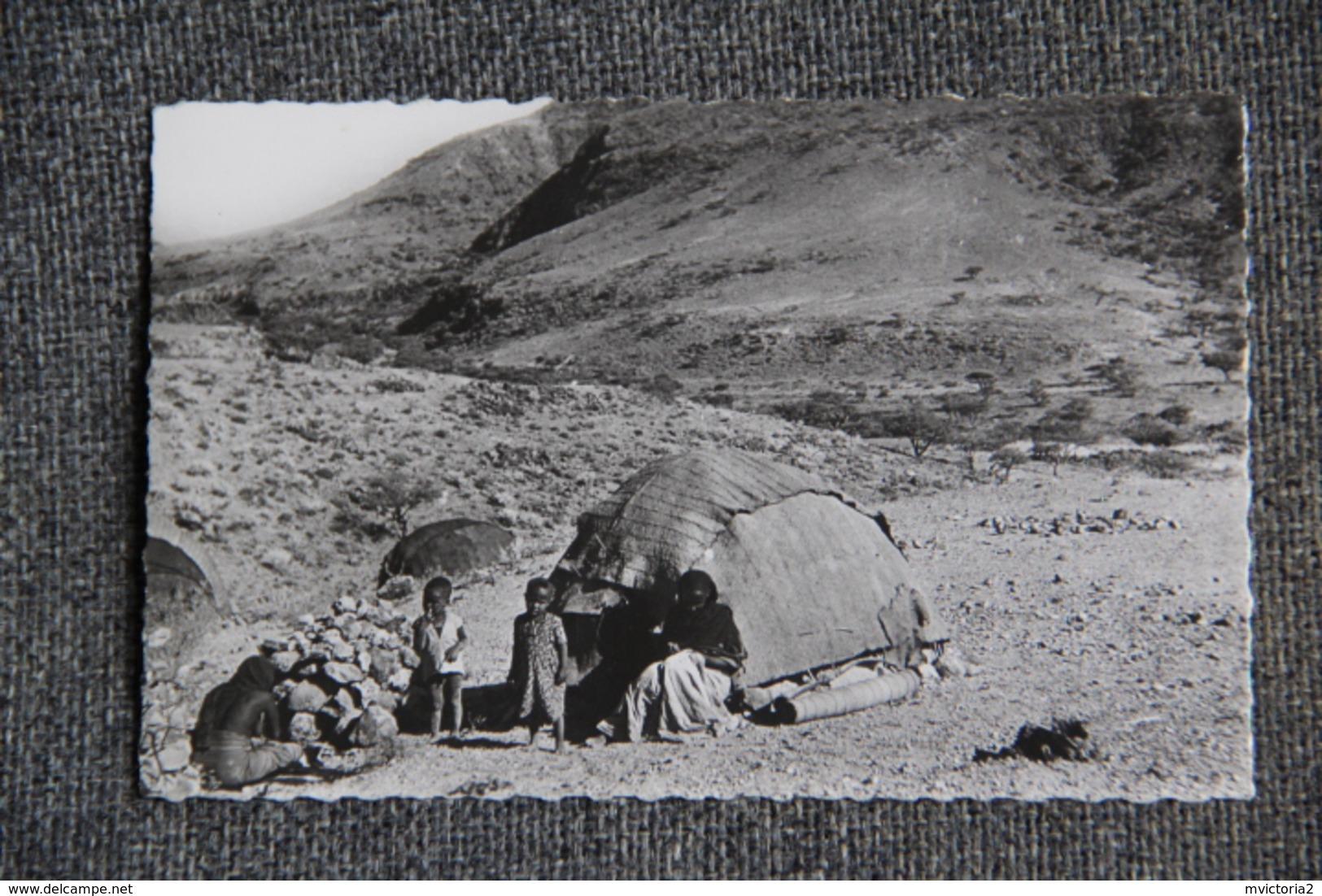 Campements De Nomades Au Plateau De DAI - Djibouti