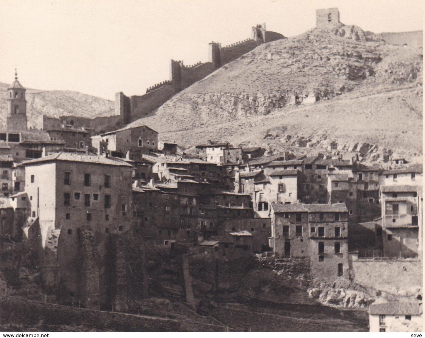ALbARRACIN  ESPAGNE 1950 Photo Amateur Format Environ 7,5 X 5,5 Cm - Places