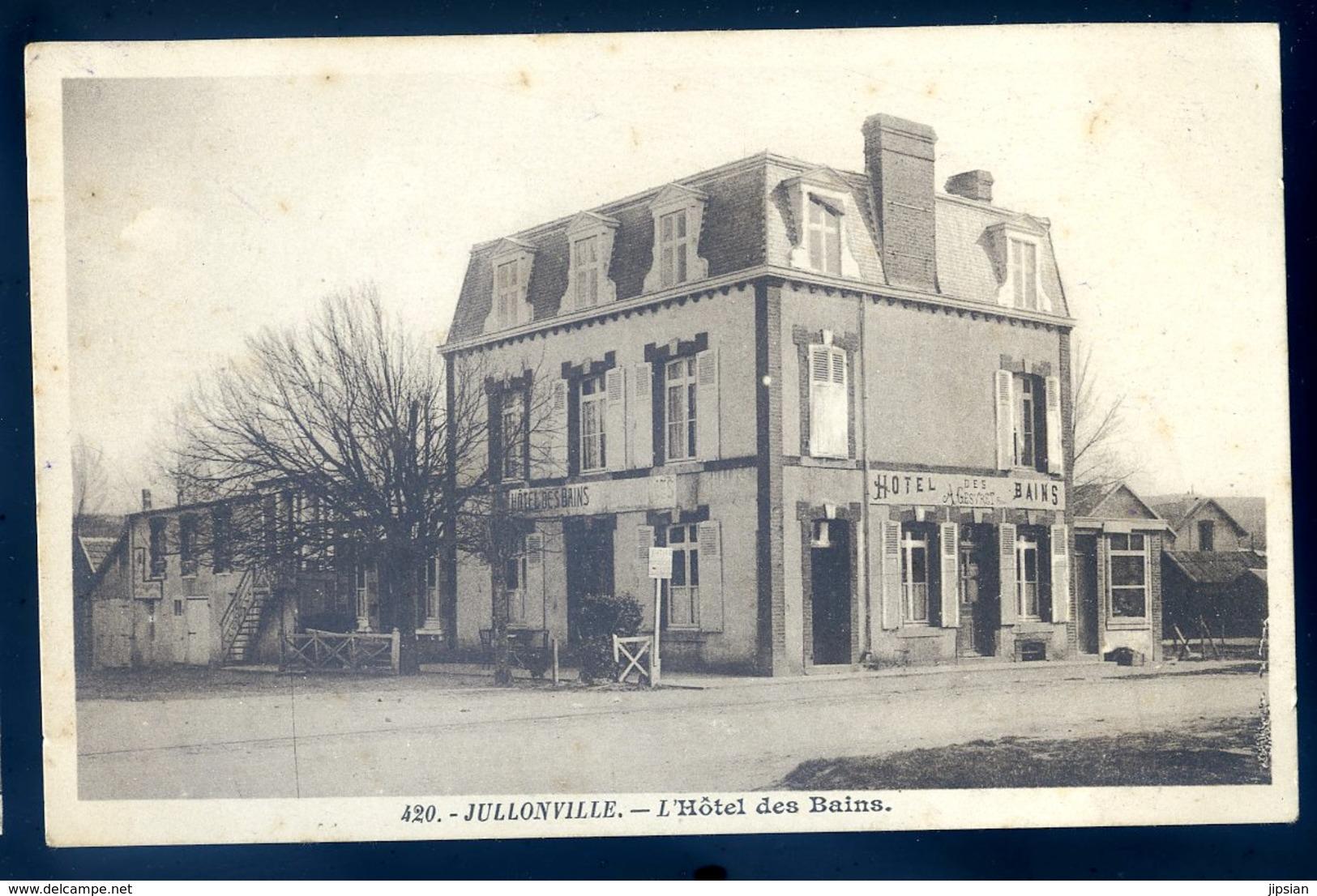 Cpa Du 50 Jullouville Les Pins L' Hôtel Des Bains  JM18 - Autres Communes