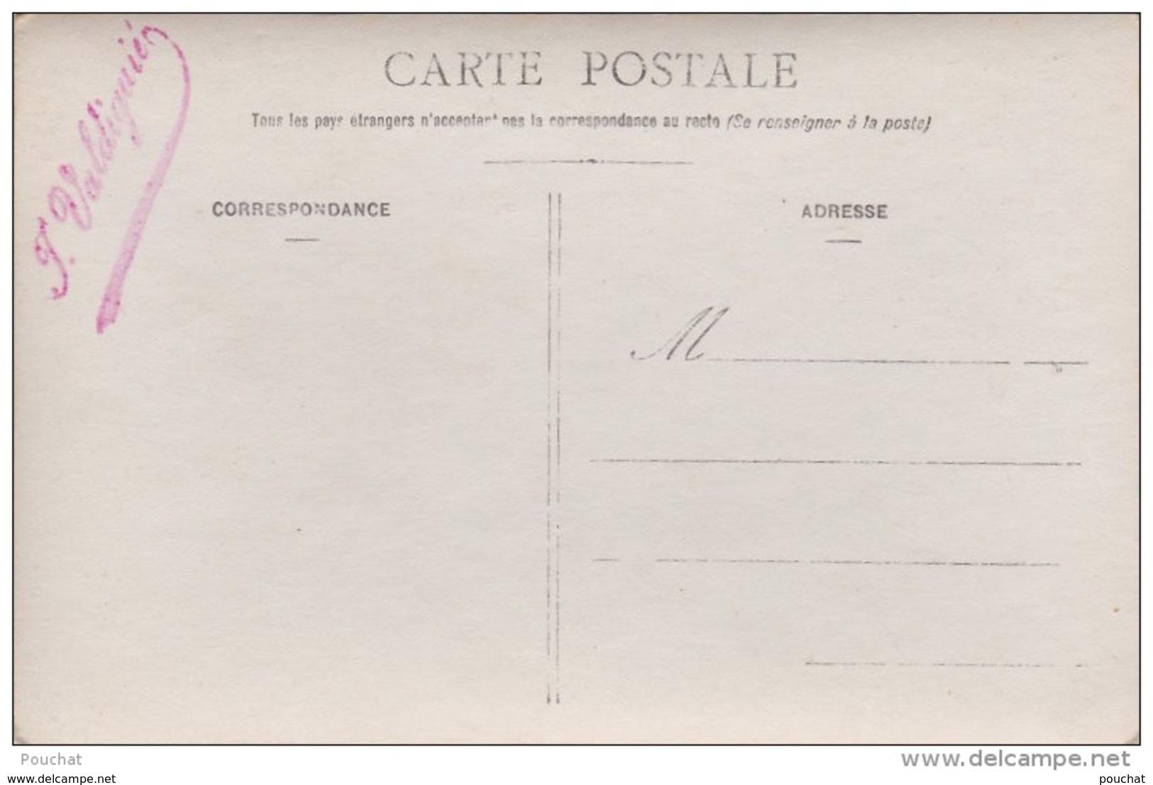 C9- 46) CAHORS - CARTE PHOTO  J. VALDIGUIE - MILITAIRES  DU  7° RÉGIMENT D'INFANTERIE - 2 SCANS - Cahors