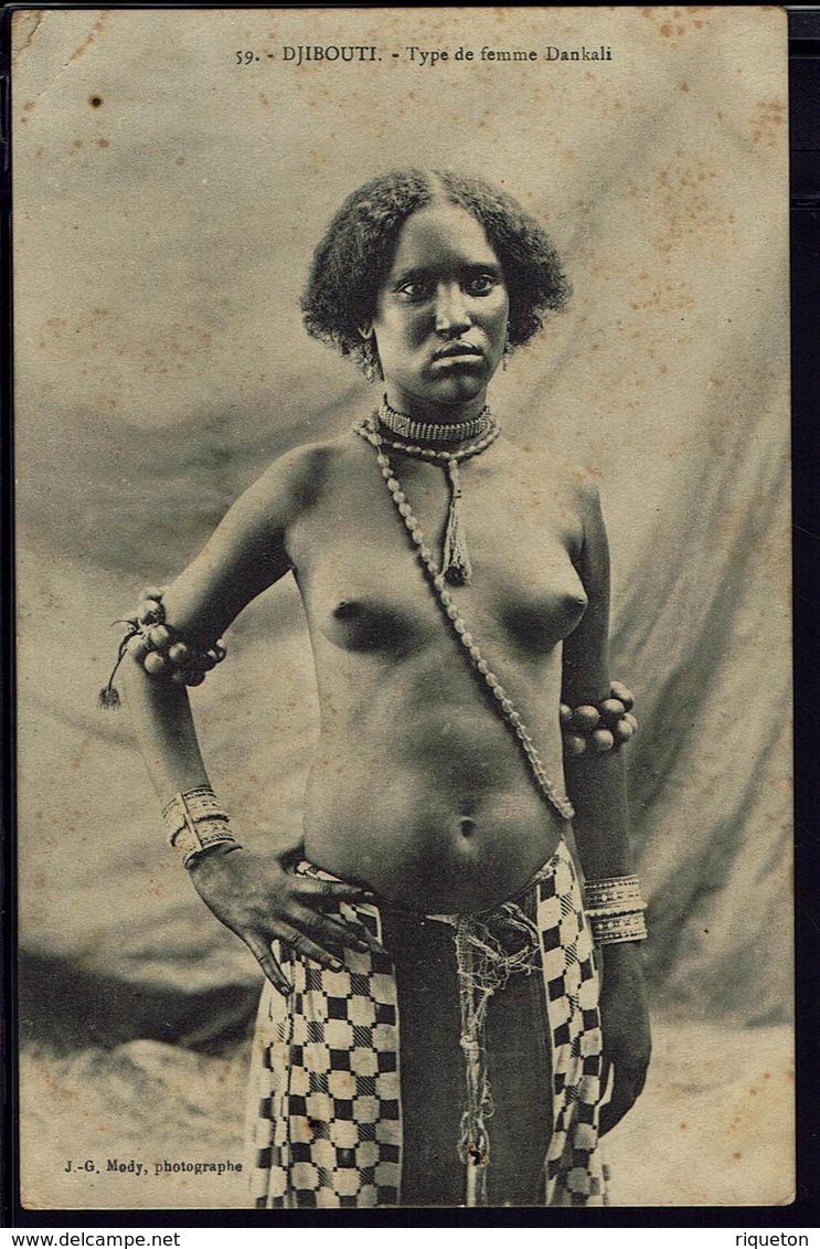 "Somalie - CPA "" 59 - Djibouti - Type De Femme Dankali""  Ed. J. G. Mody - Texte Du 10-10-1909 ! - Somalia"