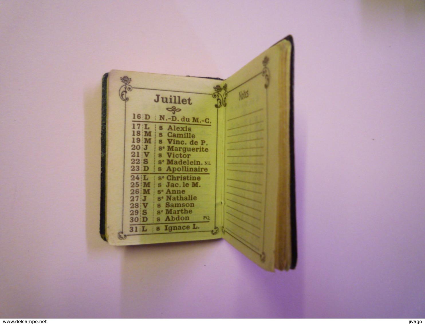 2019 - 1759  Très Joli Mini Calendrier  1933  (format  4,5 X 3,5cm)   - Kalenders