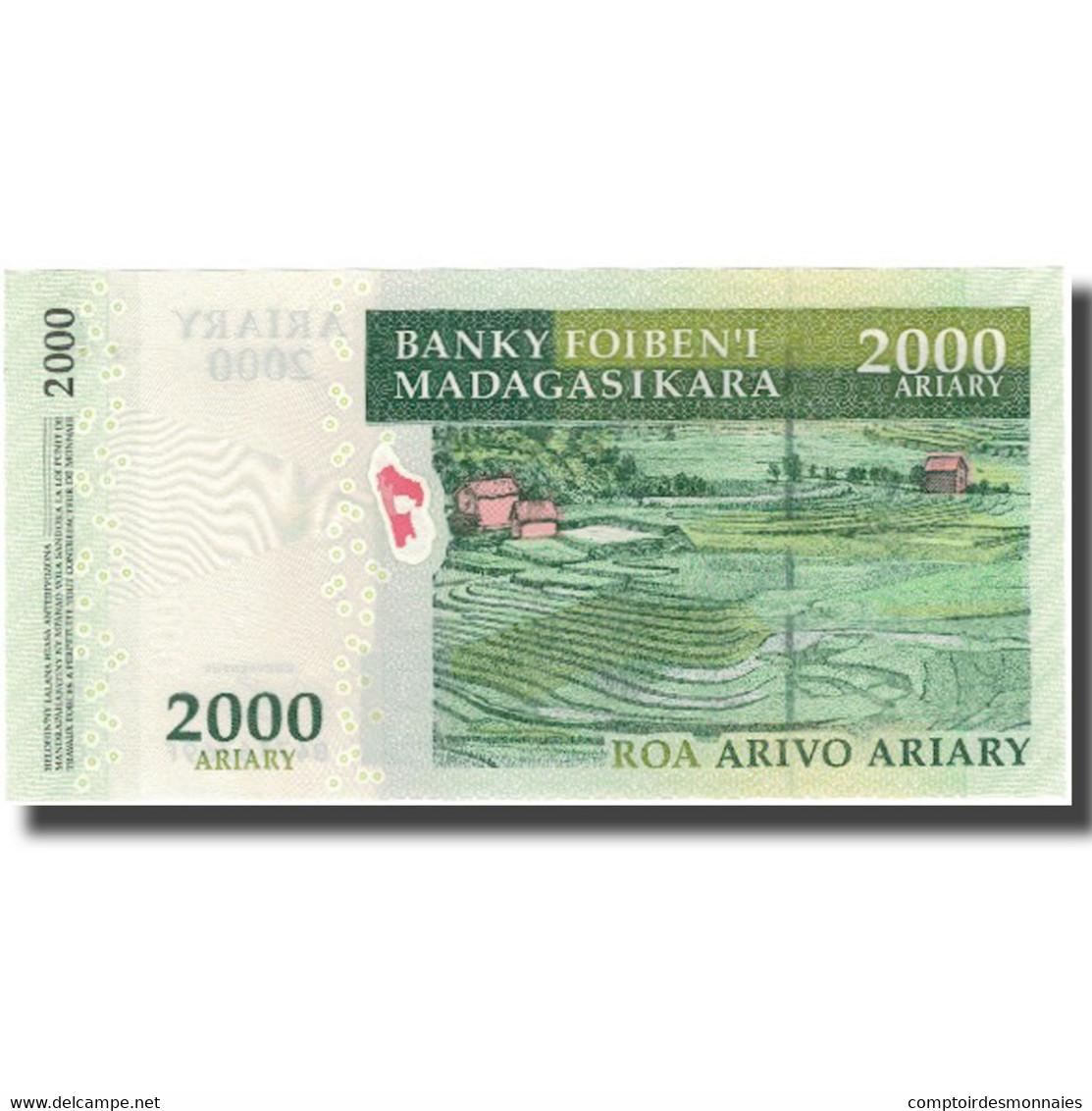 Billet, Madagascar, 2000 Ariary, KM:90b, NEUF - Madagascar