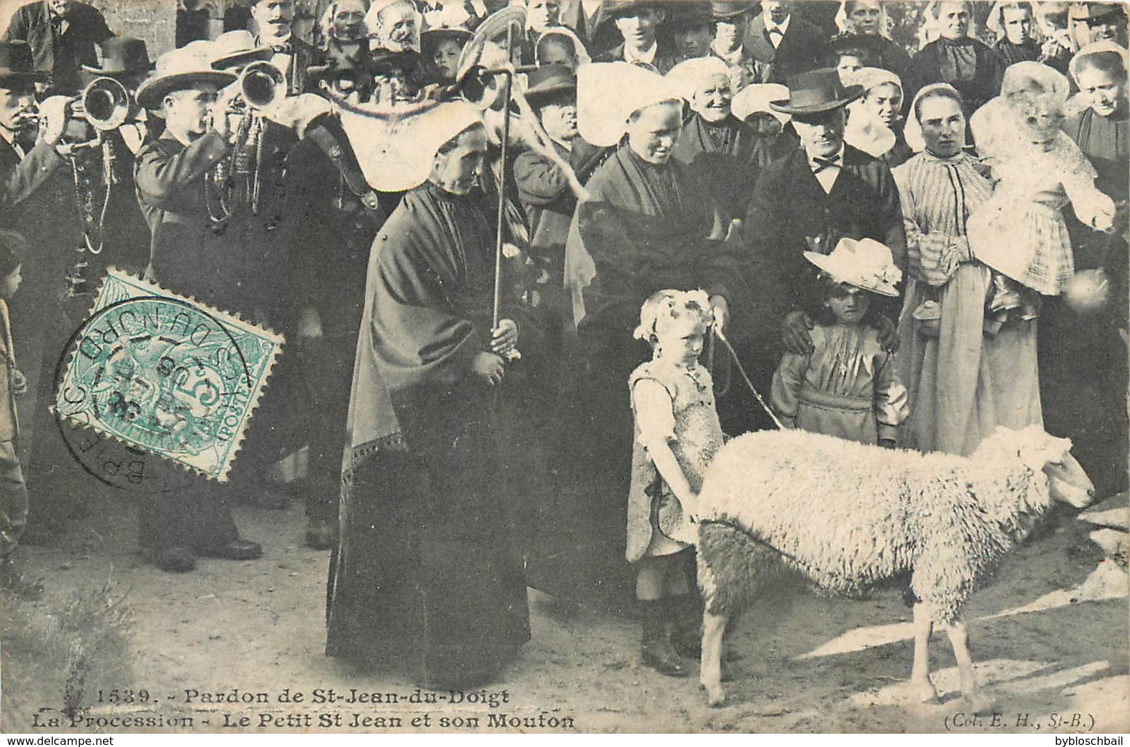 CPA 29 Finistère Pardon De Saint-Jean-du-Doigt St La Procession Le Petit St Jean Et Son Mouton - Saint-Jean-du-Doigt