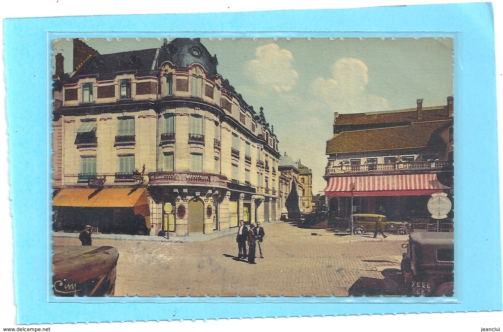 MONTBELIARD . HOTEL BRISTOL - PALAIS DE JUSTICE - COLLEGE CUVIER . CARTE COLORISEE TIMBRE DECOLLE CARTE INTACTE . 2 SCAN - Montbéliard