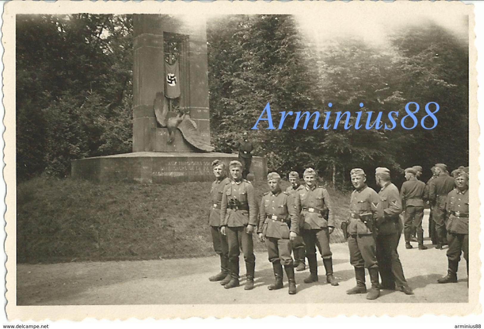 Campagne De France 1940 - Forêt De Compiègne (Oise) - Le Monument Aux Alsaciens-Lorrains (près Rethondes) - Guerre, Militaire