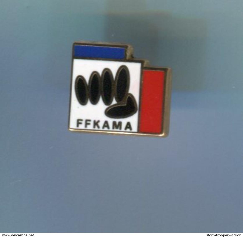 Pin's - FFKAMA Karate Logo - Pin