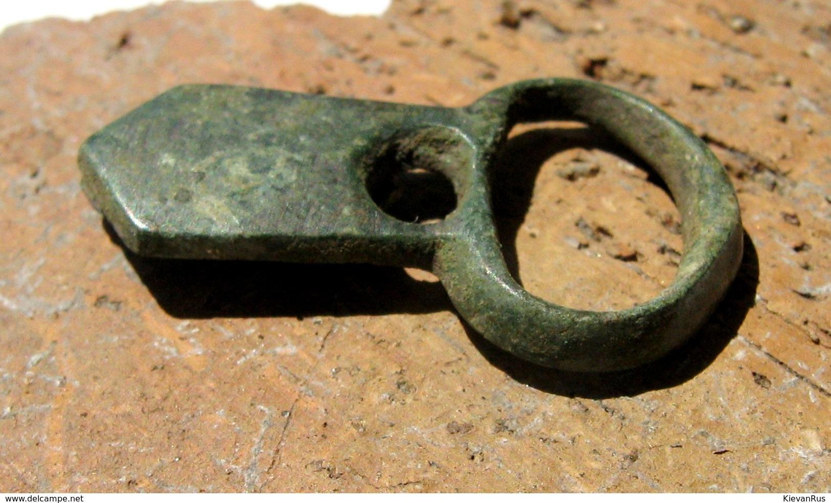 Ancient Vikings Bronze Belt Buckle 10-13 Centuries - Archéologie