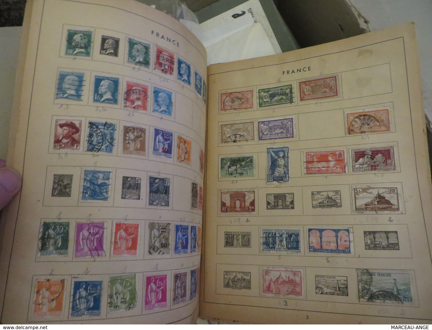 VRAC De TIMBRES à Trier ,poids 2 Kg 500 Grammes - Lots & Kiloware (mixtures) - Min. 1000 Stamps