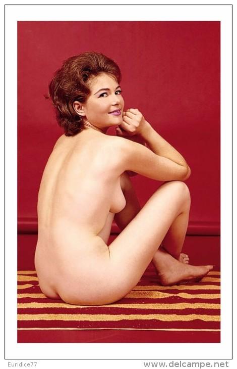 Playboy Vintage Febrero 1962-4 - Belleza Feminina (1941-1960)