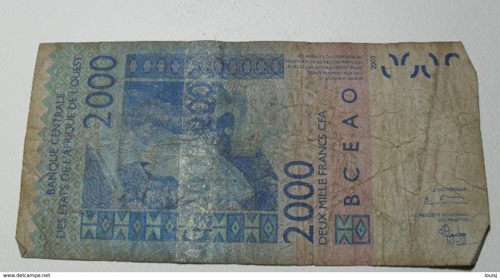 2003 - Afrique De L'Ouest - West Africa - 2000 FRANCS CFA - 04742584092 T (Togo) - Banknotes