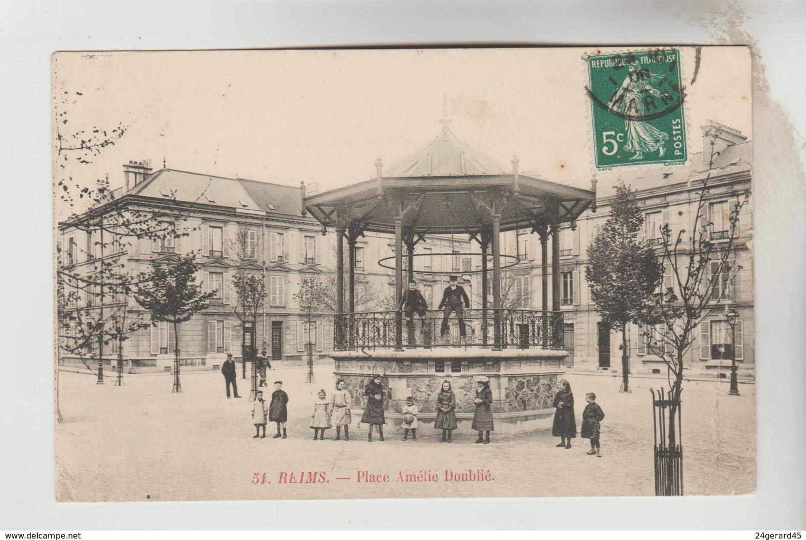 CPA REIMS (Marne) - Place Amélie Doublié - Reims