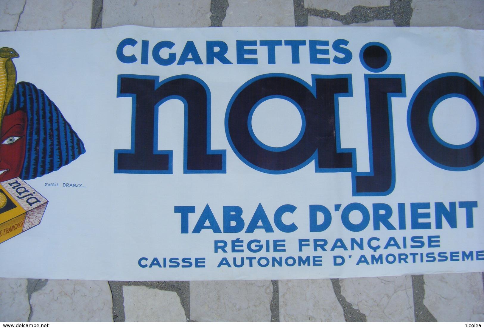 DRANSY GRANDE AFFICHE PUBLICITAIRE 1937 ENTOILEE CIGARETTES NAJA  119 X 39 CM Création De La Vasselais Paris - Altri