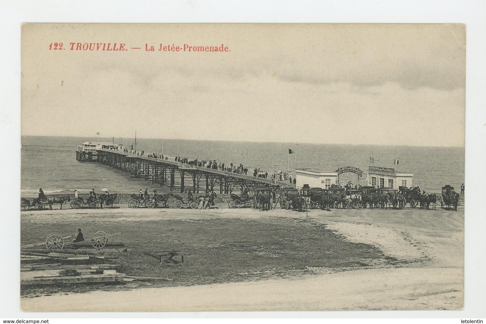 CPA - 14 - TROUVILLE - SUR LA JETÉE PROMENADE - - Trouville