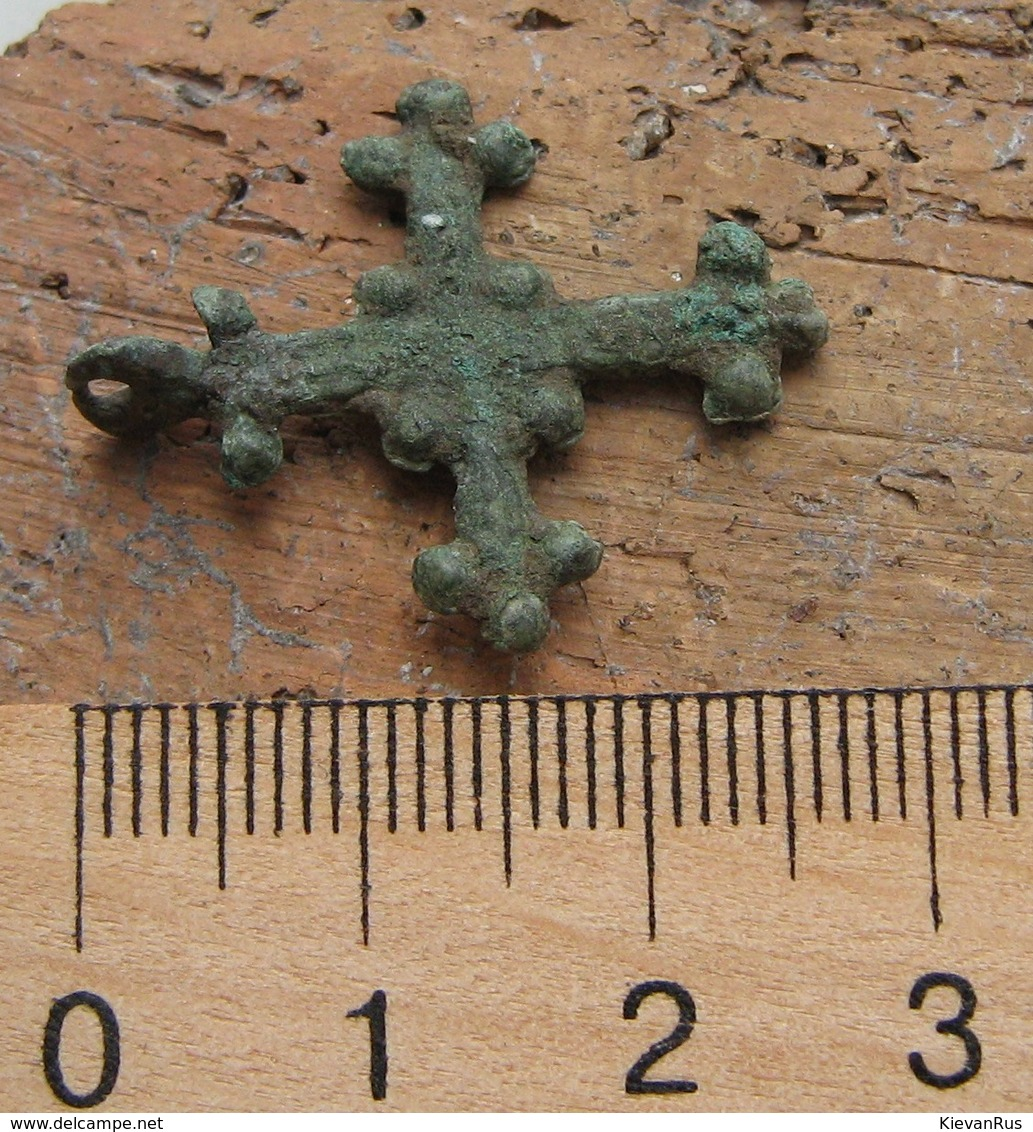 Ancient Vikings Bronze Cross 10-13 Centuries - Archéologie