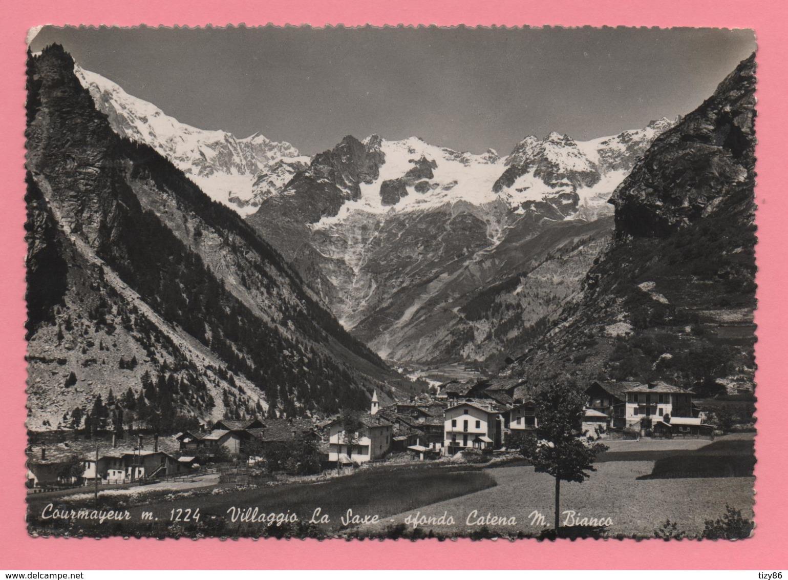Courmayeur - Villaggio La Saxe - Sfondo Catena M. Bianco - Altre Città