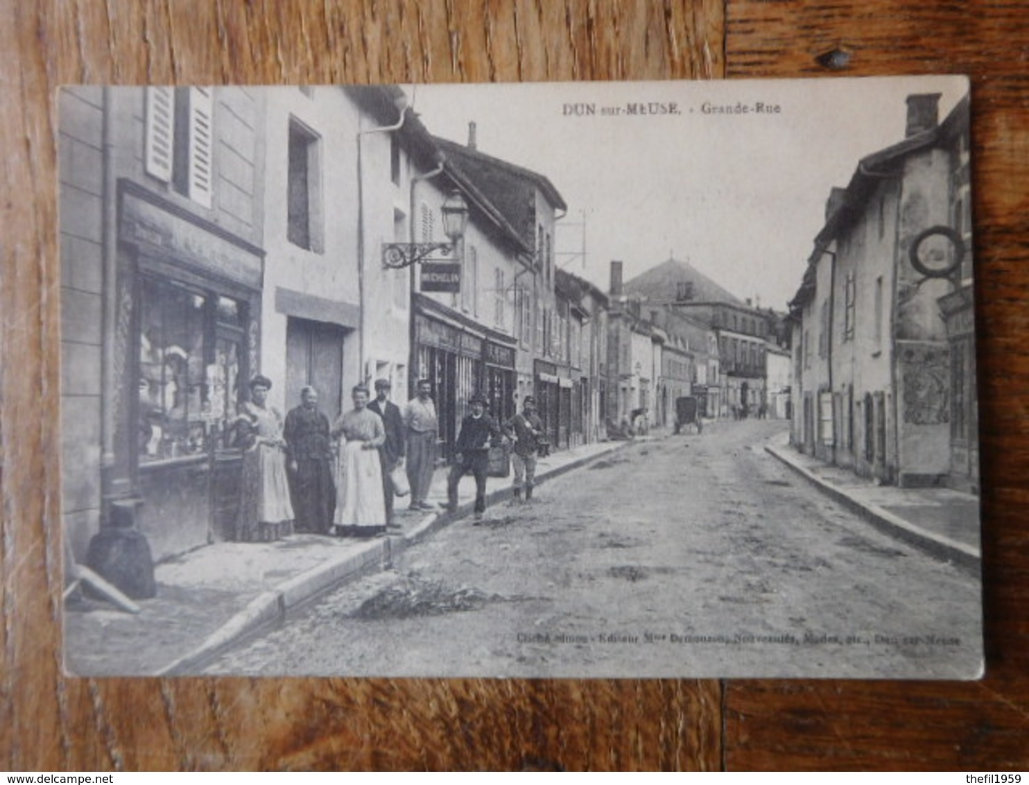 Dun Sur Meuse Vers 1910 Grand-Rue / Cliché Simon - Edit.Mme Demouzon - Dun Sur Meuse