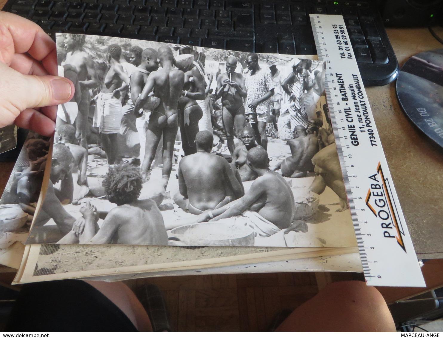 Lot De Photos D'afrique ,,, 20 Photos ,vendue Comme C'est  (lot 87) - Afrique