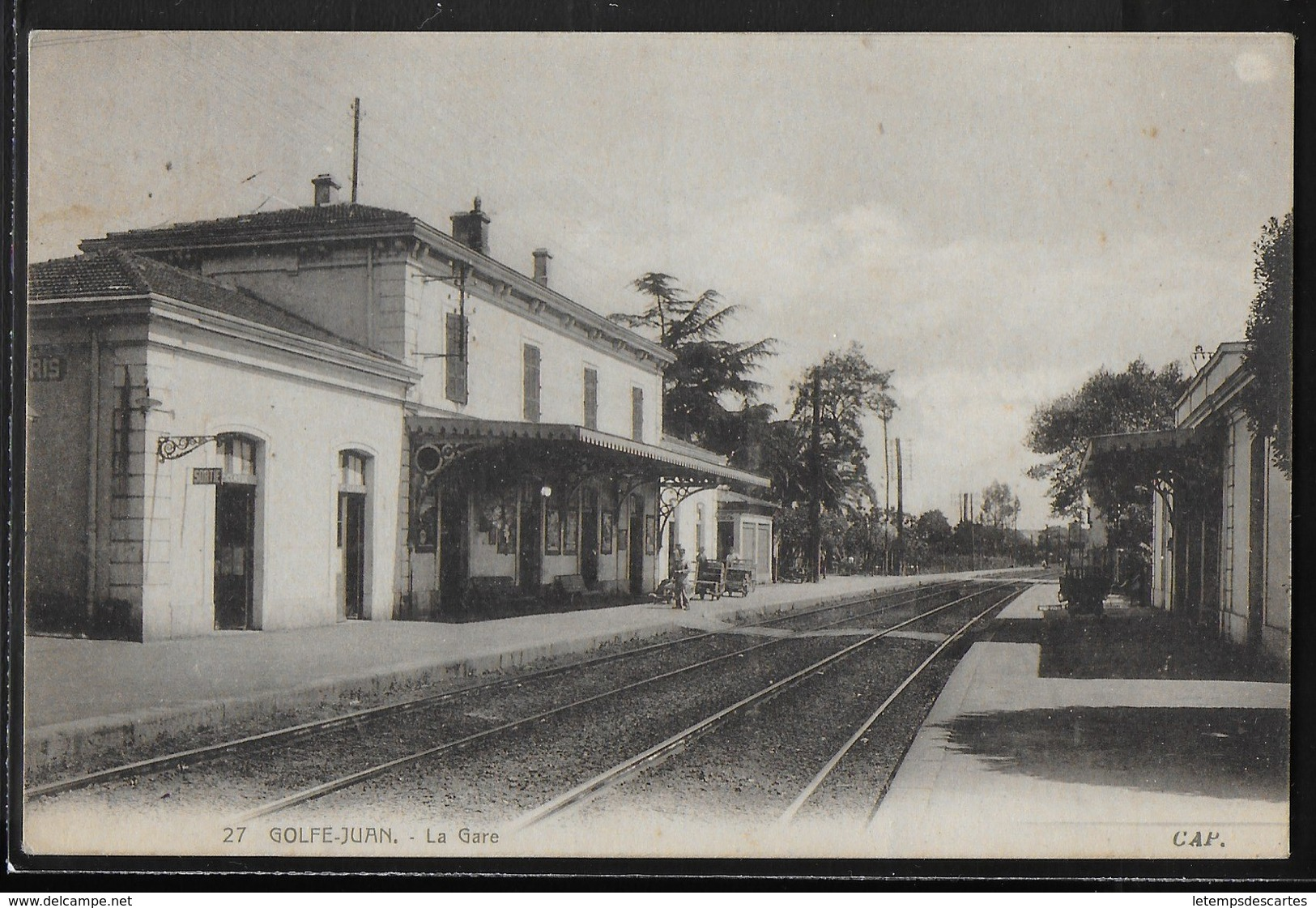 CPA 06 - Golfe-Juan, La Gare - Autres Communes