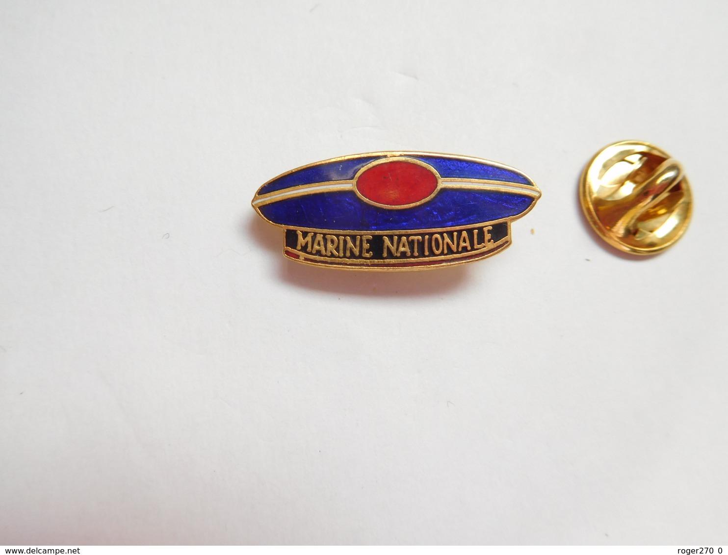 Beau Pin's En EGF , Marine Bateau , Marine Nationale , Béret , Calot , Bonnet , Signé Segalen Collection - Barcos