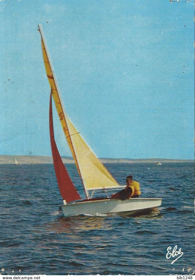 [33] Gironde > Bassin D' Arcachon Un Beau Voilier - Merignac