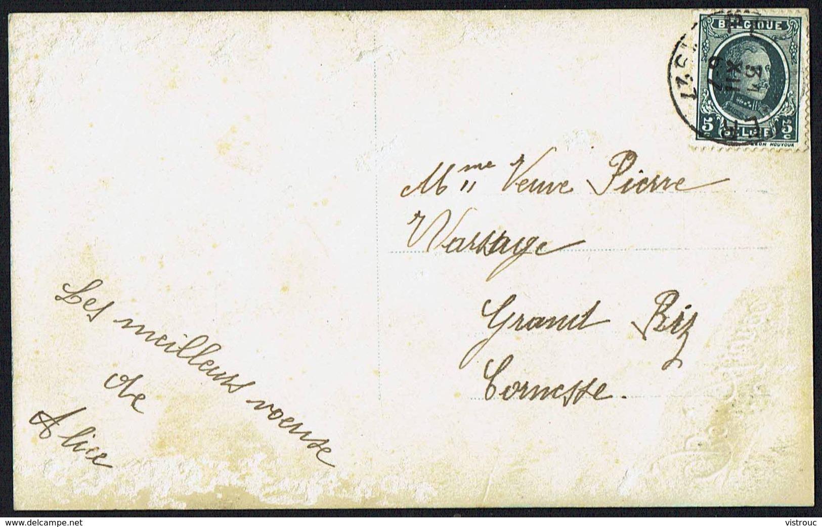 "FEMME - CP - Jeune Femme Avec étolle- "" Bonne Année "" - Circulé - Circulated - Gelaufen 1927. - Femmes"