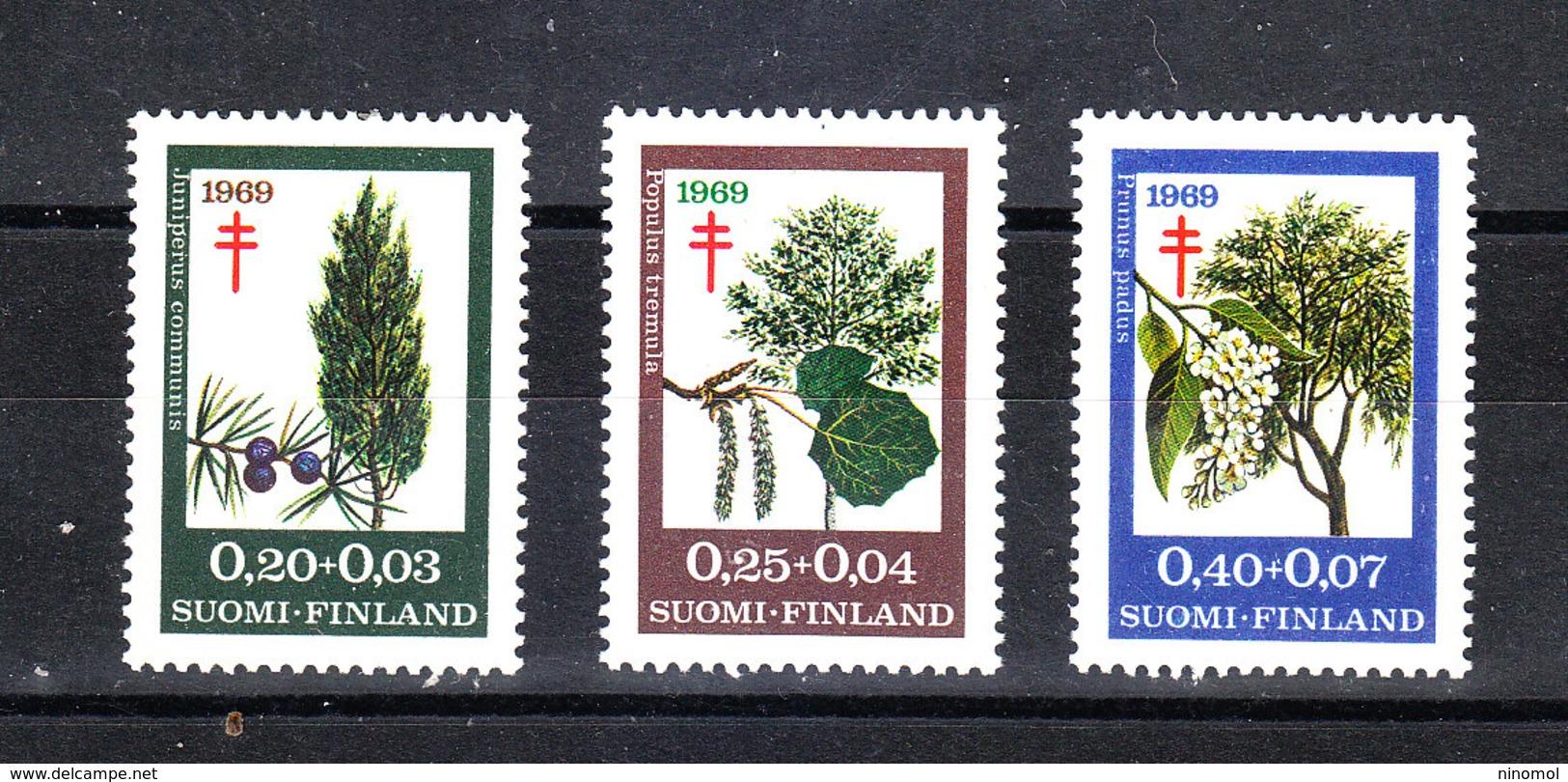 """Finlandia  - 1967. Serie """" Alberi """" Per Antitubercolosi. """"Trees"""" Series For Antituberculosis. MNH Complete - Medicina"""