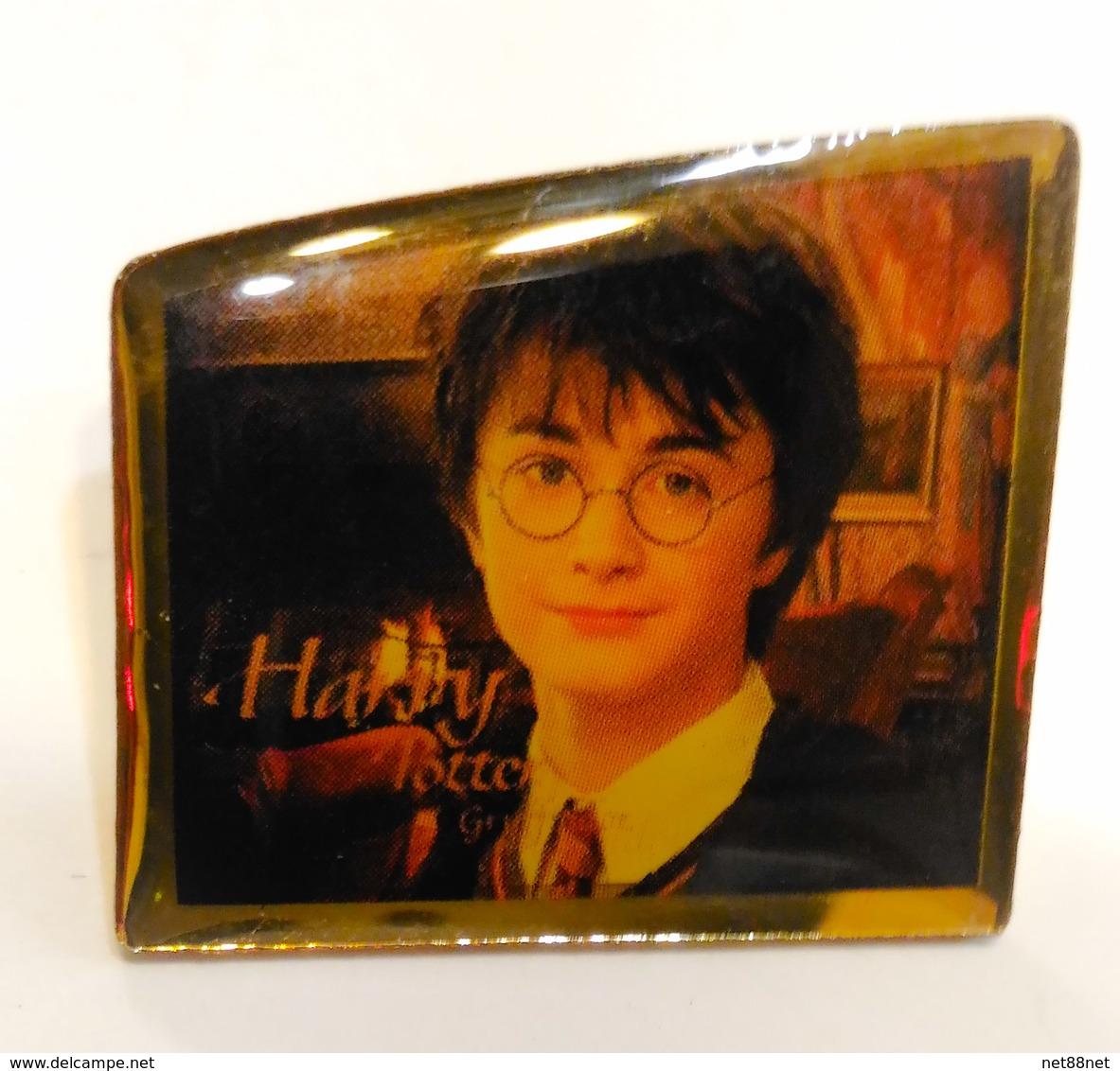 Pins PIN'S PIN Warner Brothers WB Harry Potter Pin Vintage - Badges