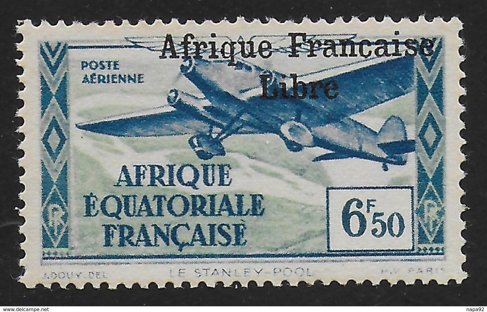 AFRIQUE EQUATORIALE FRANCAISE - AEF - A.E.F. - 1940 - YT PA 18** - VARIETE SURCHARGE ESPACEE ET DEPLACEE - Neufs