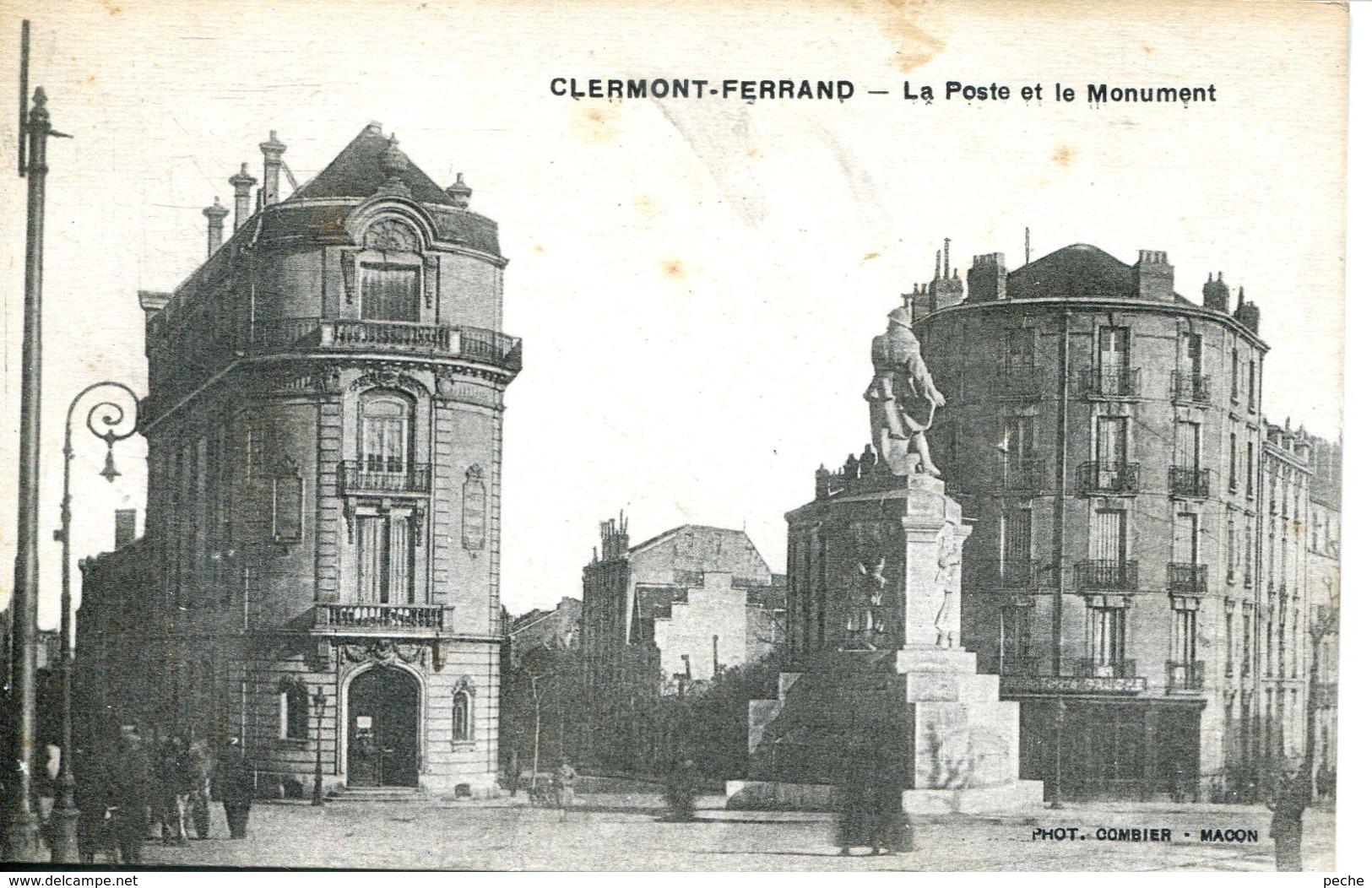 N°74249 -cpa Clermont Ferrand -la Poste Et Le Monument- - Postal Services