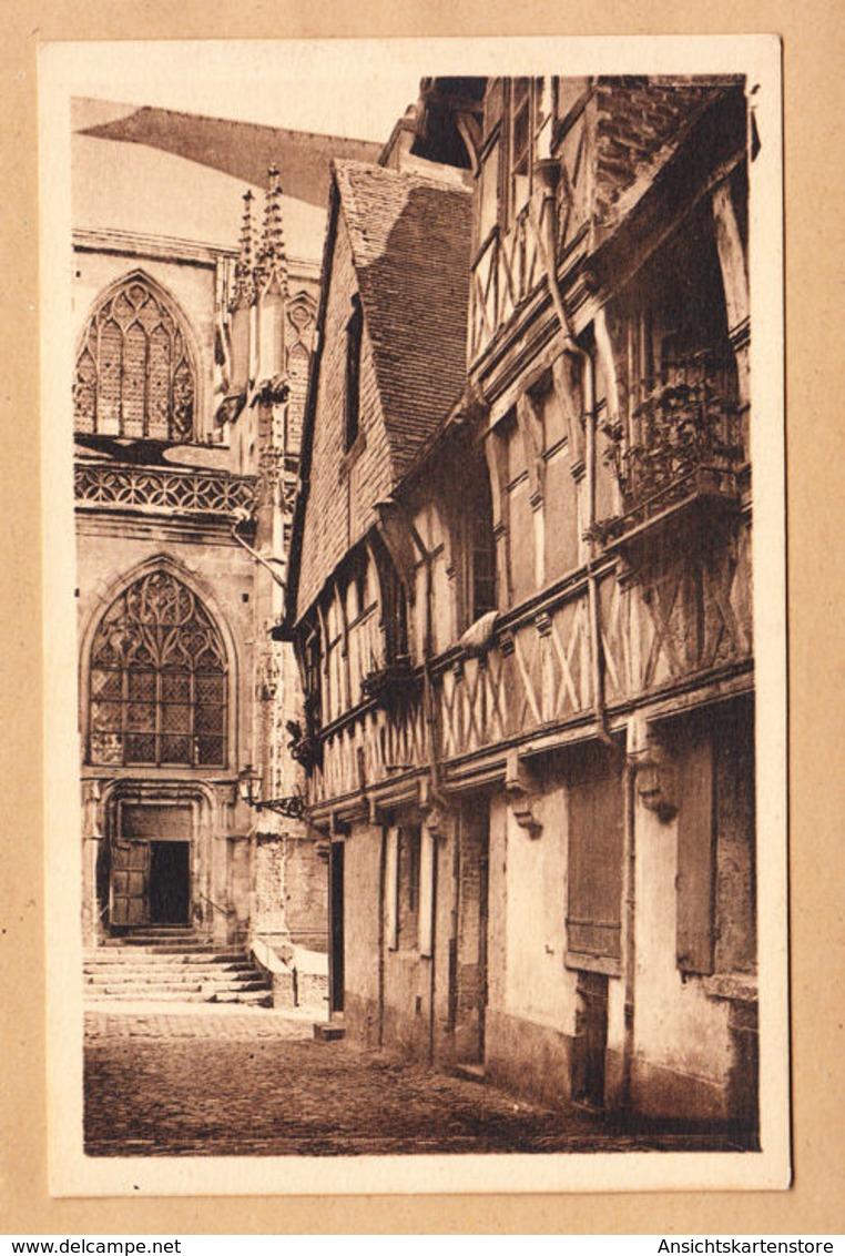 CPA Lisieux, Rue De La Paix. Eglise Saint-Jacques, Ungel. - Lisieux