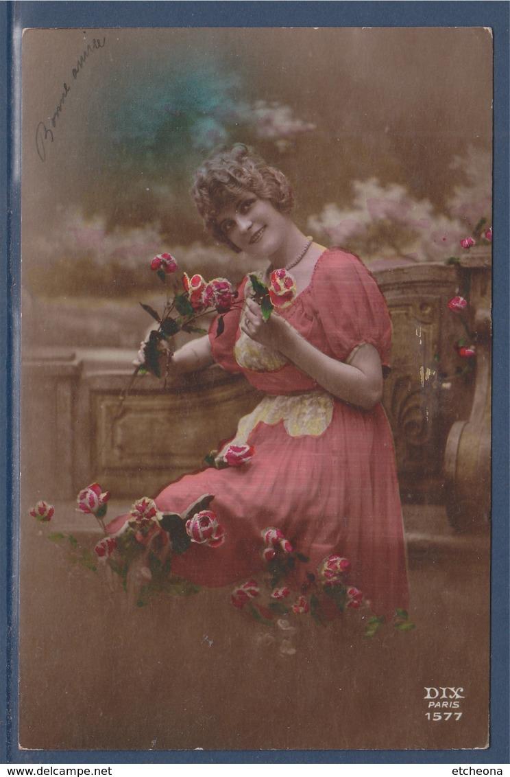= Carte Postale Portrait De Femme Bouquet De Fleurs Bonne Année écrit, Berlaimont Le 2.1.21 - New Year