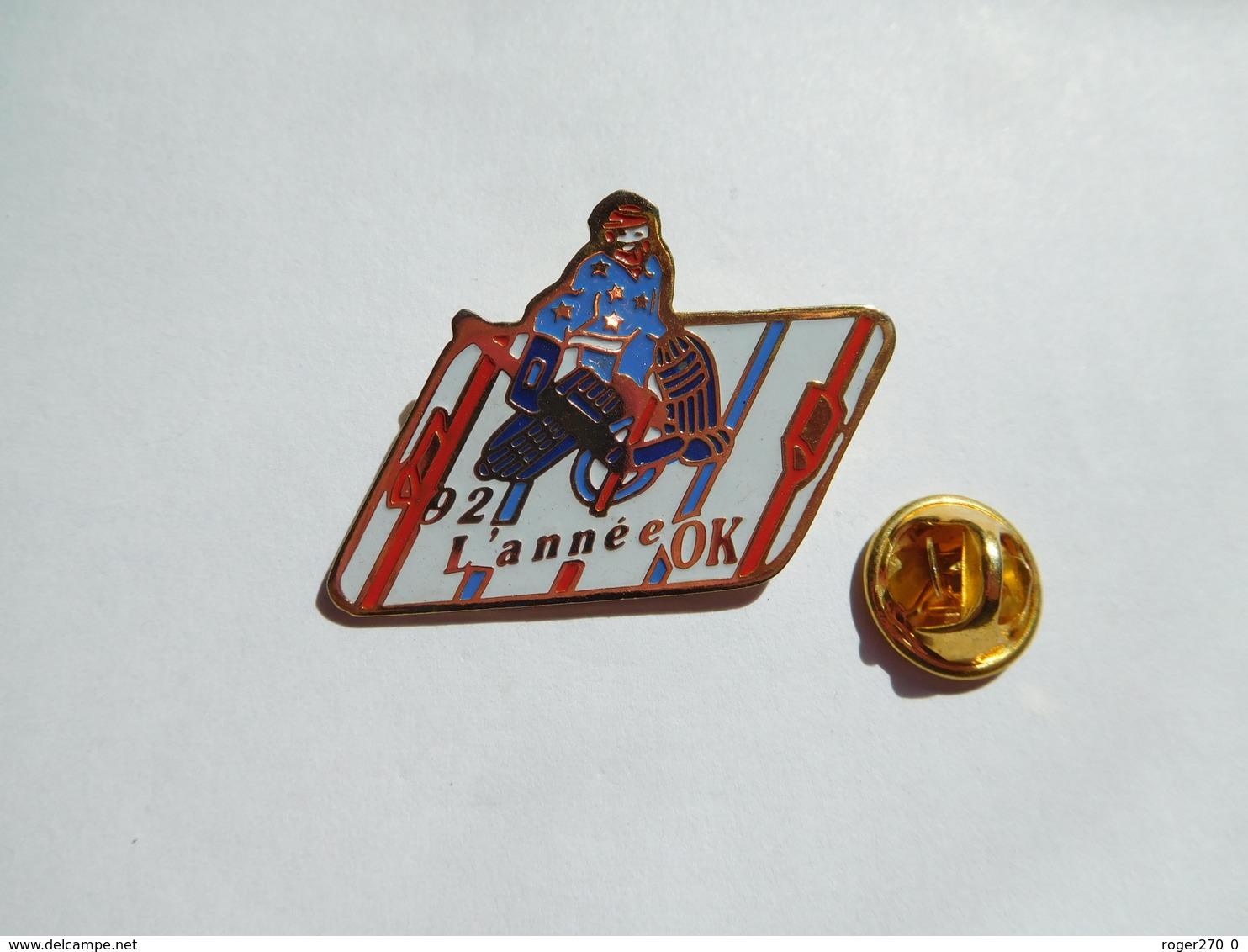 Beau Pin's , Hockey Sur Glace , 1992 L'année OK - Pin