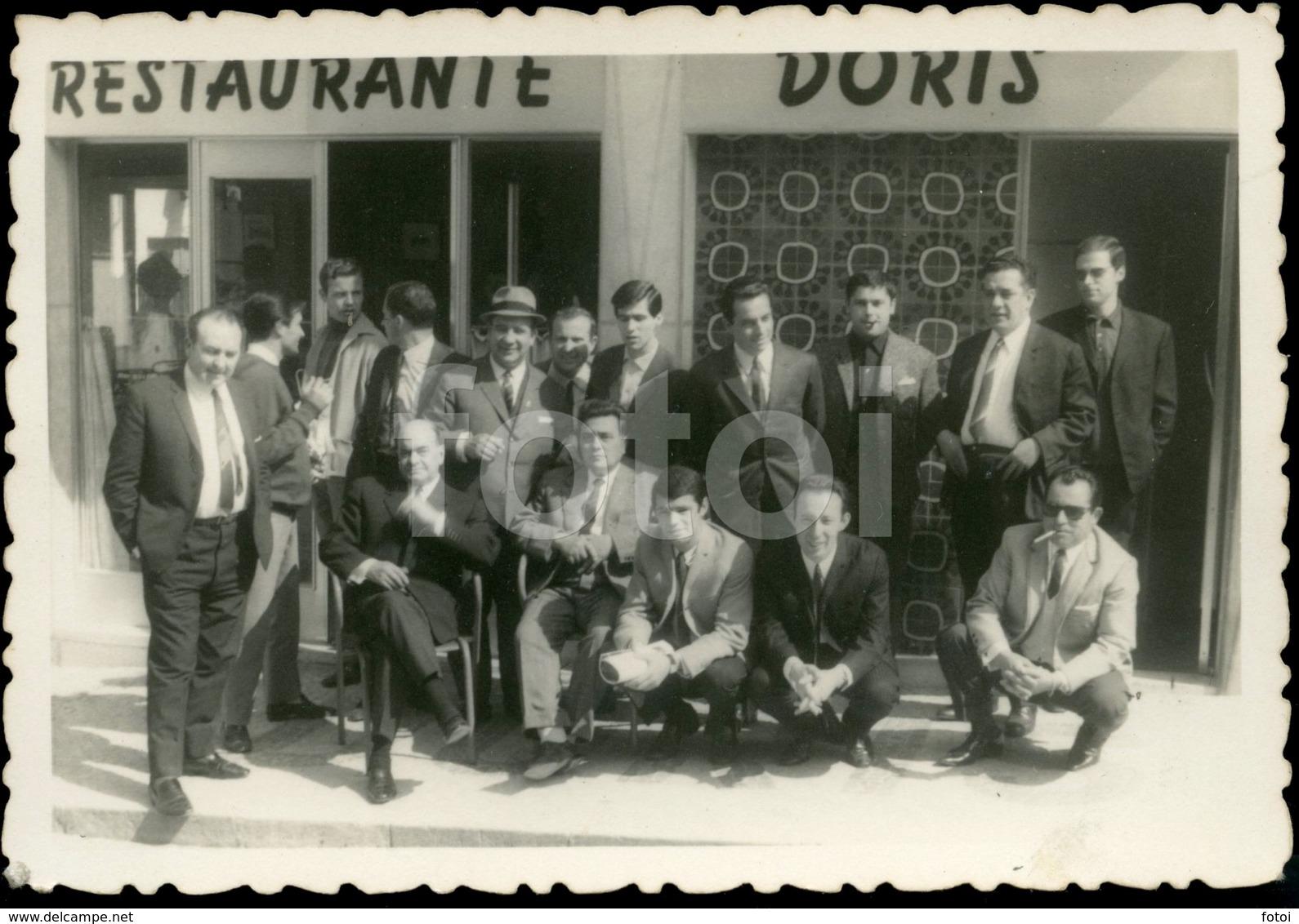 1967 AMATEUR PHOTO FOTO RESTAURANTE DORIS COSTA DA CAPARICA ALMADA PORTUGAL - Places
