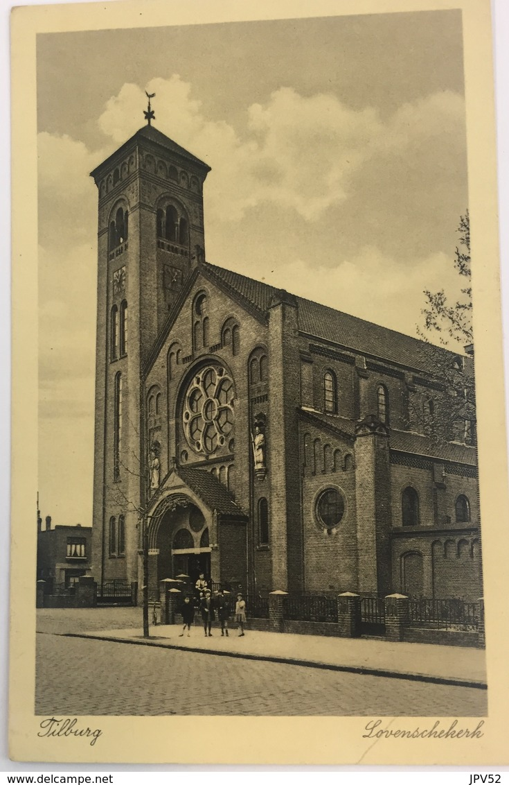 (176) Tilburg - Lovenschekerk - Mensen Op De Stoep. - Tilburg