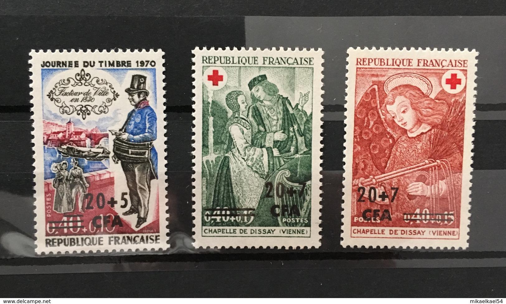REUNION Année Complète 1970 - YT N° 390 à 392 - 3 Timbres Neufs Sans Charnière ** MNH - Réunion (1852-1975)