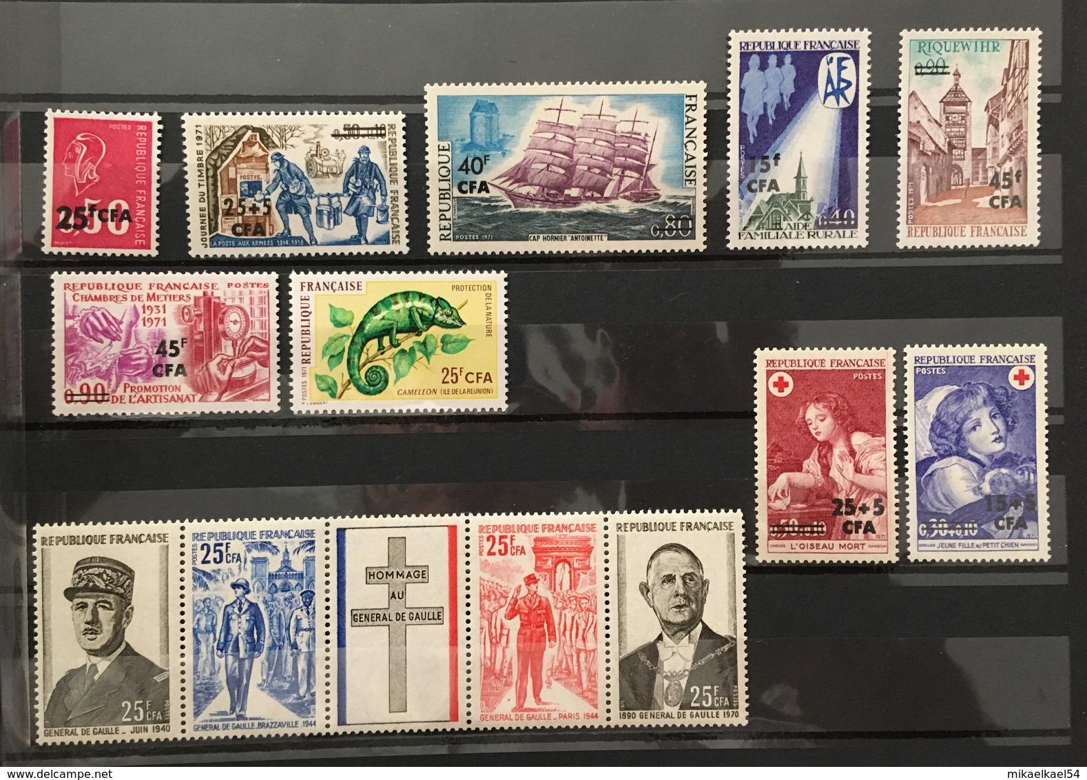 REUNION Année Complète 1971 - YT N° 393 à 405 - 13 Timbres Neufs Sans Charnière ** MNH - Réunion (1852-1975)
