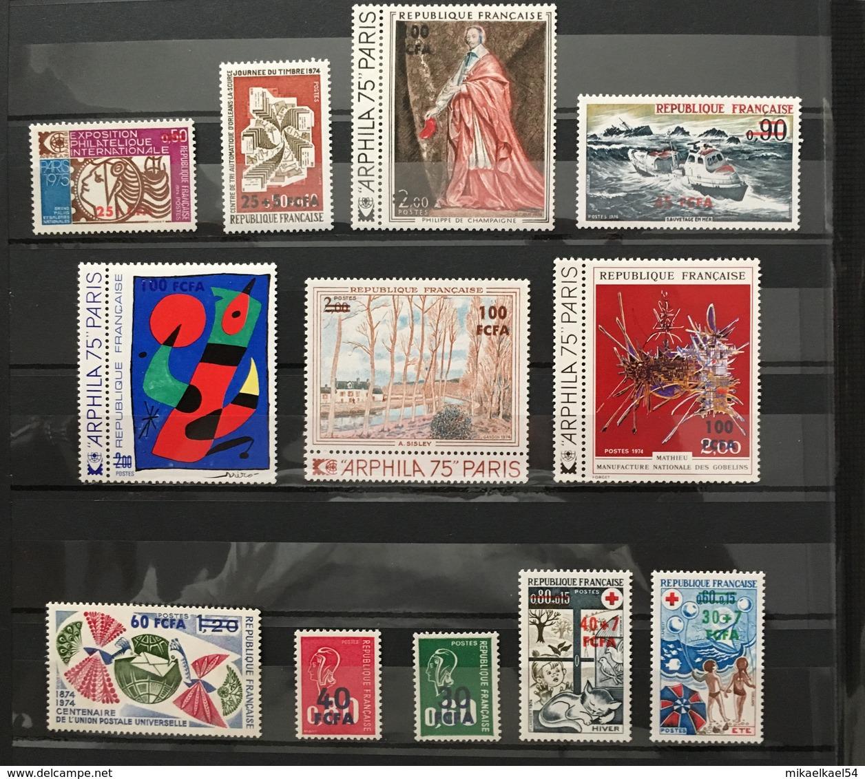 REUNION Année Complète 1974 - YT N° 421 à 432 - 12 Timbres Neufs Sans Charnière ** MNH - Réunion (1852-1975)