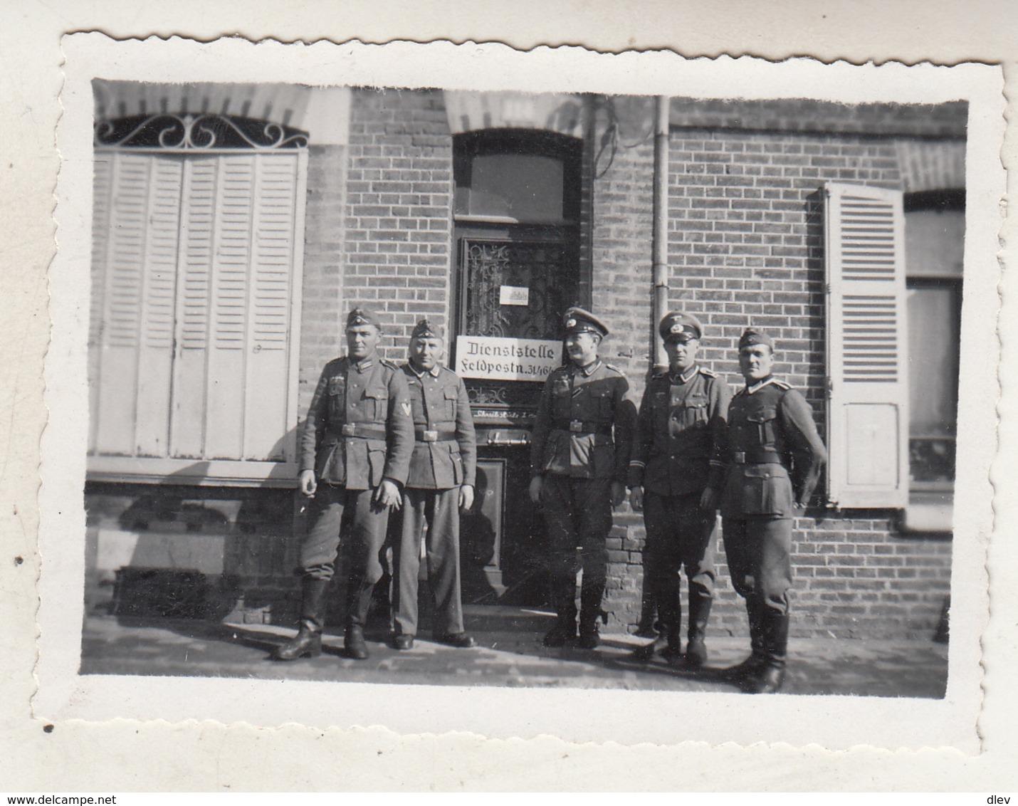 Amiens - Militaires - Photo 6 X 9 Cm - Guerra, Militari