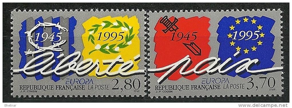 """FR YT 2941 & 2942 """" EUROPA, Liberté Et Paix """" 1995 Neuf** - France"""