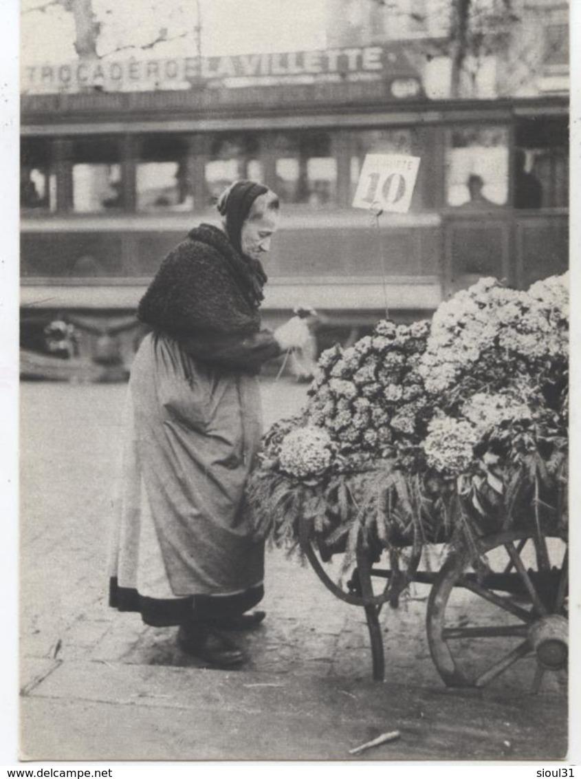 75 Paris Petits Metiers La Bouqutier Vers 1900 Cpm  M459 - Petits Métiers à Paris