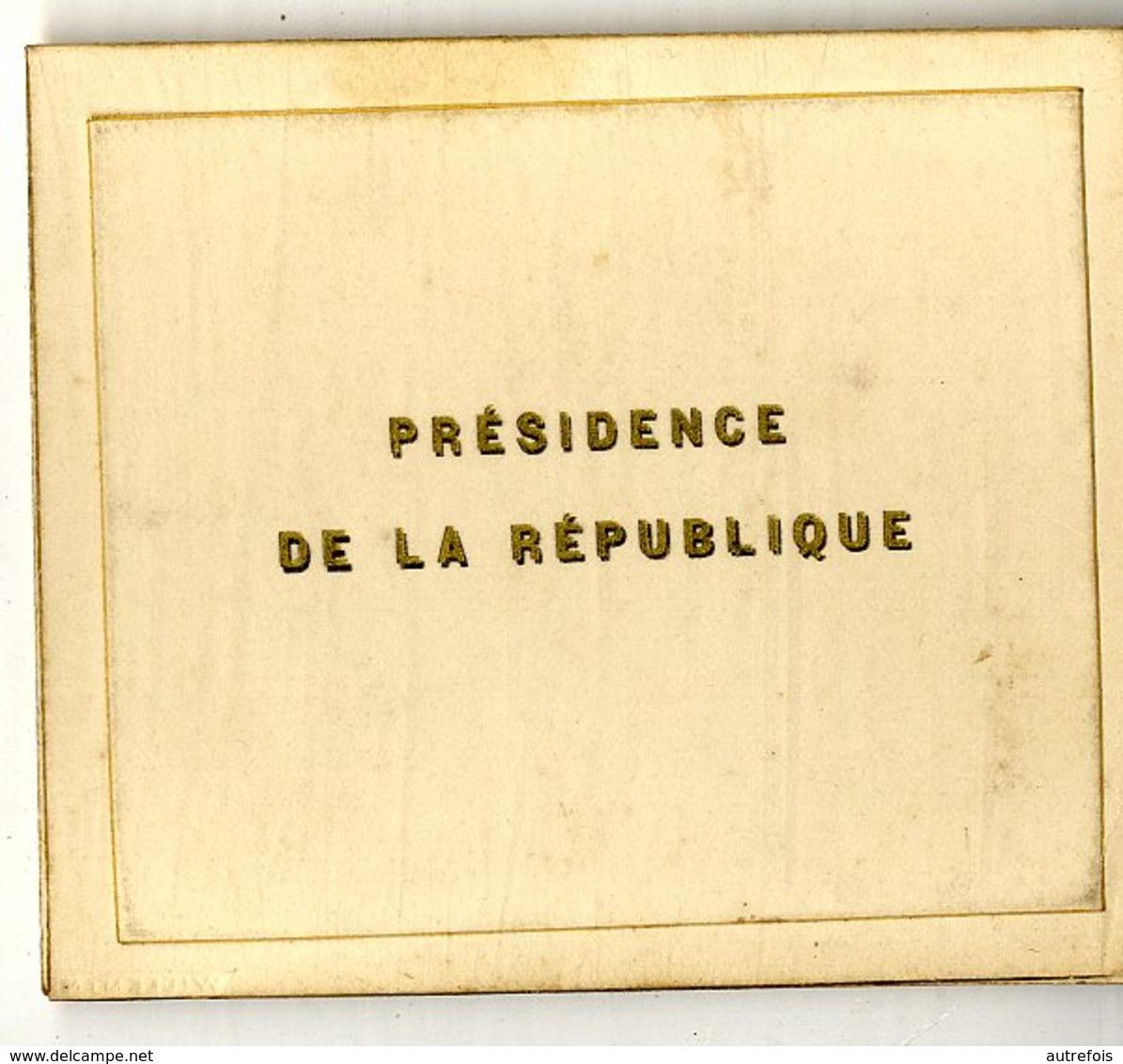 47 MARMANDE  MONSIEUR LE GENERAL DUPORT  PRESIDENCE DE LA REPUBLIQUE  CARTE DE VISITE   MENU DEJEUNER JUIN 1917 - Marmande