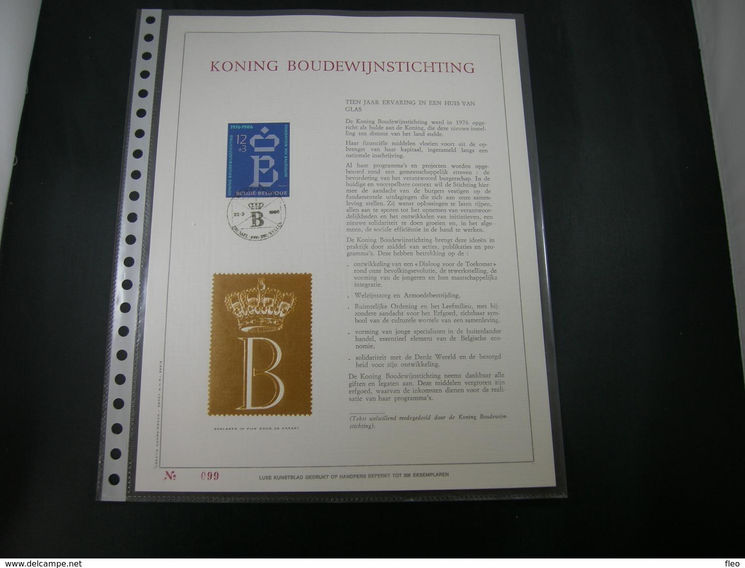 "BELG.1986 2204 FDC Filatelic Gold Card NL. : "" KONING BOUDEWIJN STICHTING "" - FDC"