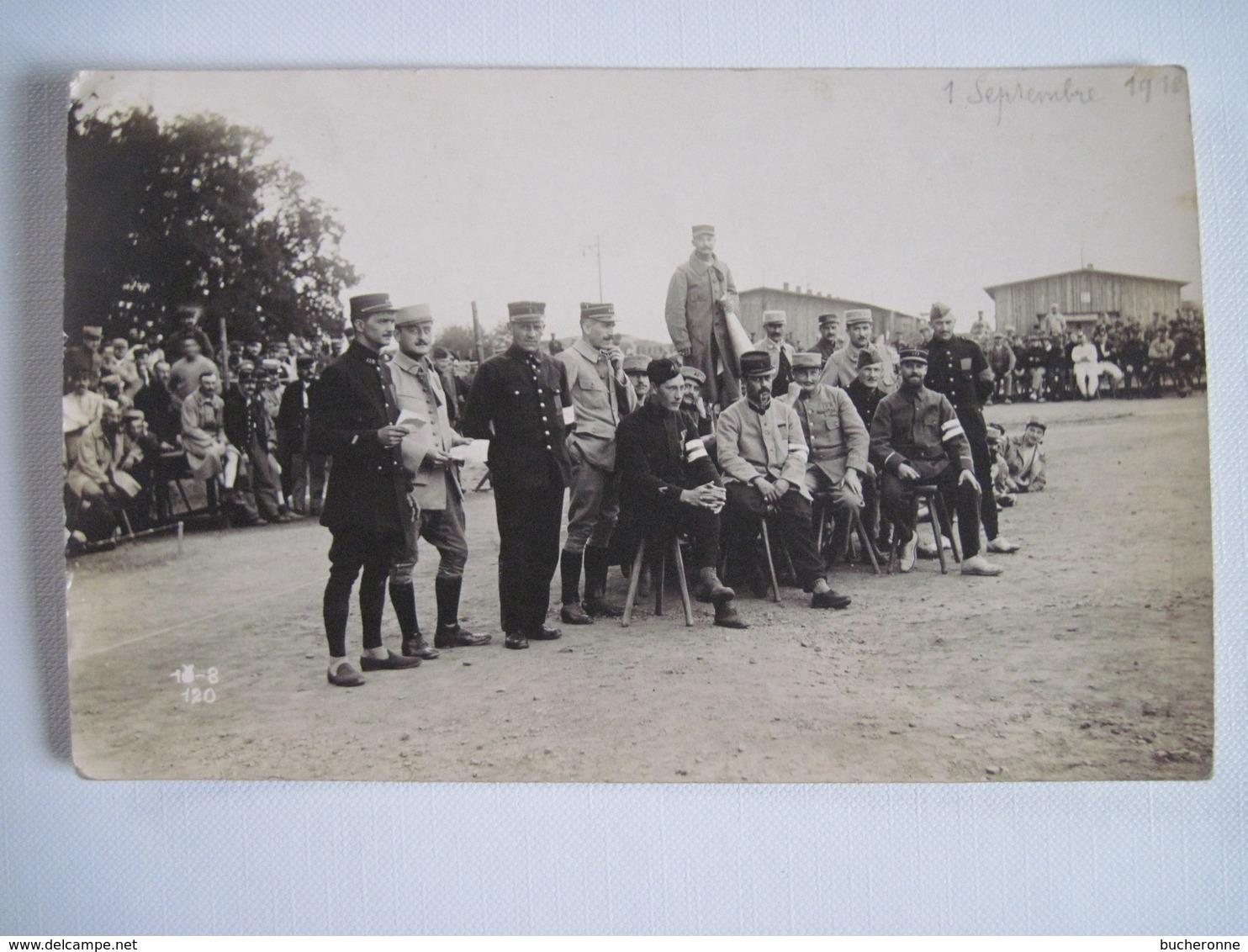 CPA   Groupe De Prisonniers Militaires Baraque A Giessen Allemagne 1916  TBE - Guerre 1914-18